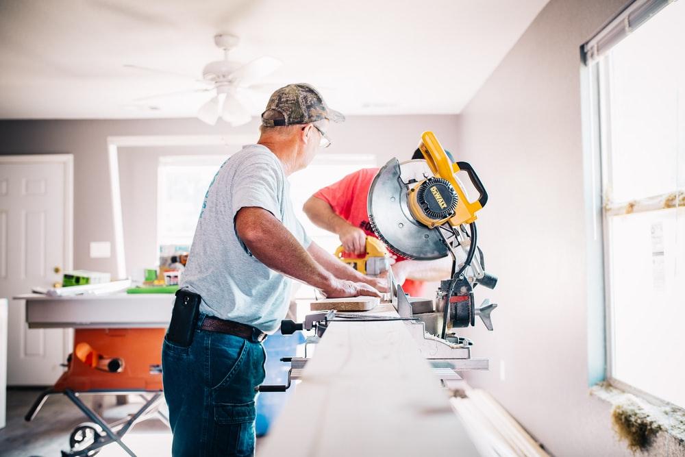 Faire appel à un artisan pour la construction de sa maison